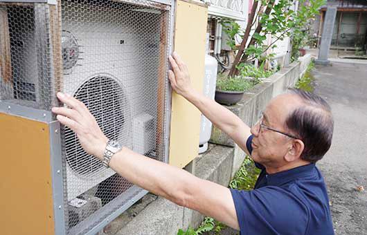 エアコンの室外機の点検